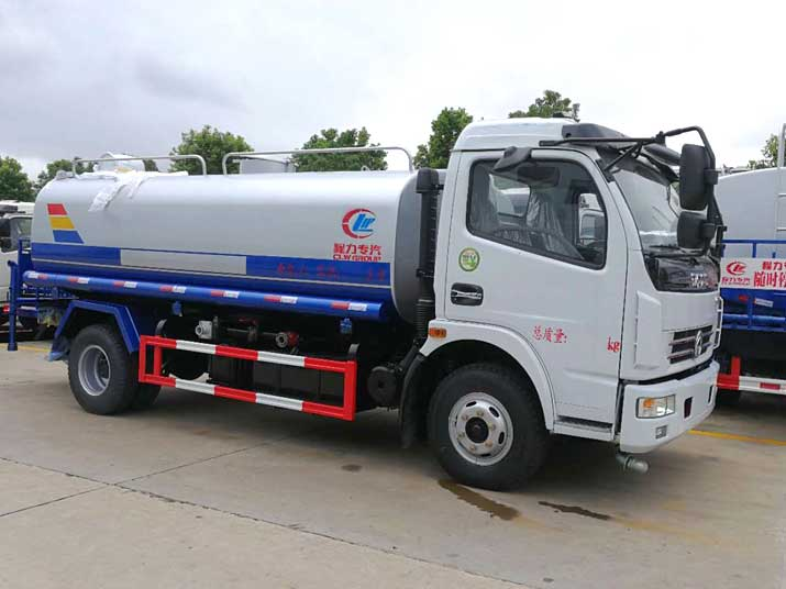 Dongfeng 8000L CLW5110GSSD4  Water Tanker Truck