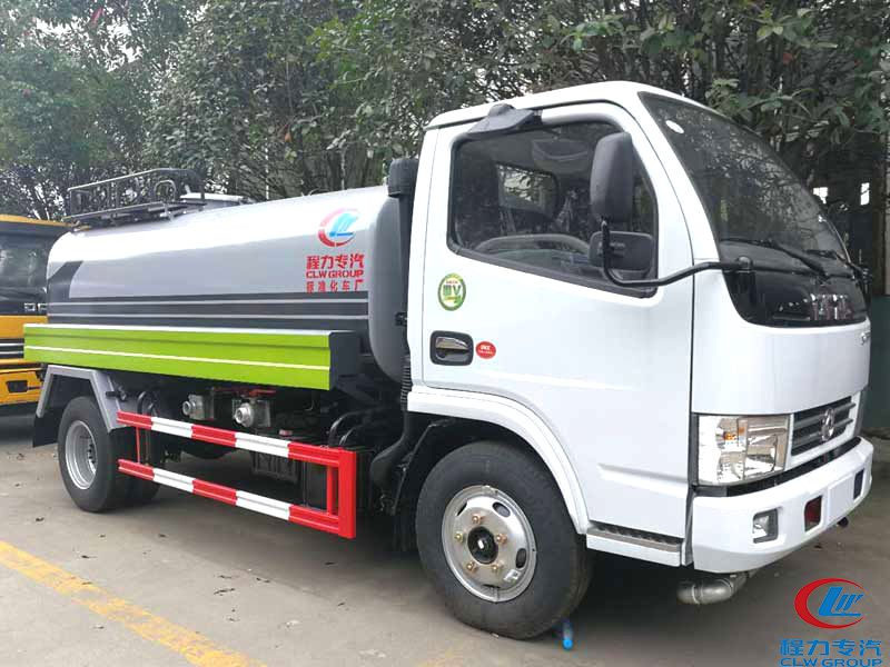 Dongfeng 5000L CLW5073G8S4 Water Tank Truck