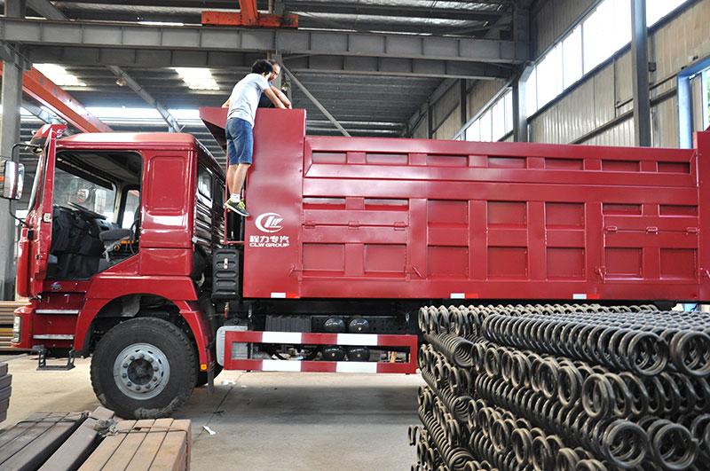 dump-truck8